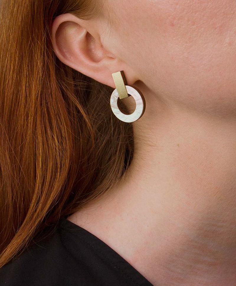 Серьги Orbit Earrings Mother of pearl