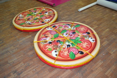 Гигантская пицца