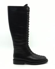 Сапоги  черного цвета Натуральная кожа со шнуровкой.