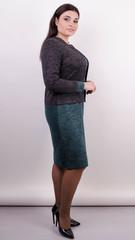 Ріка. Трикотажна сукня великих розмірів. Смарагд.
