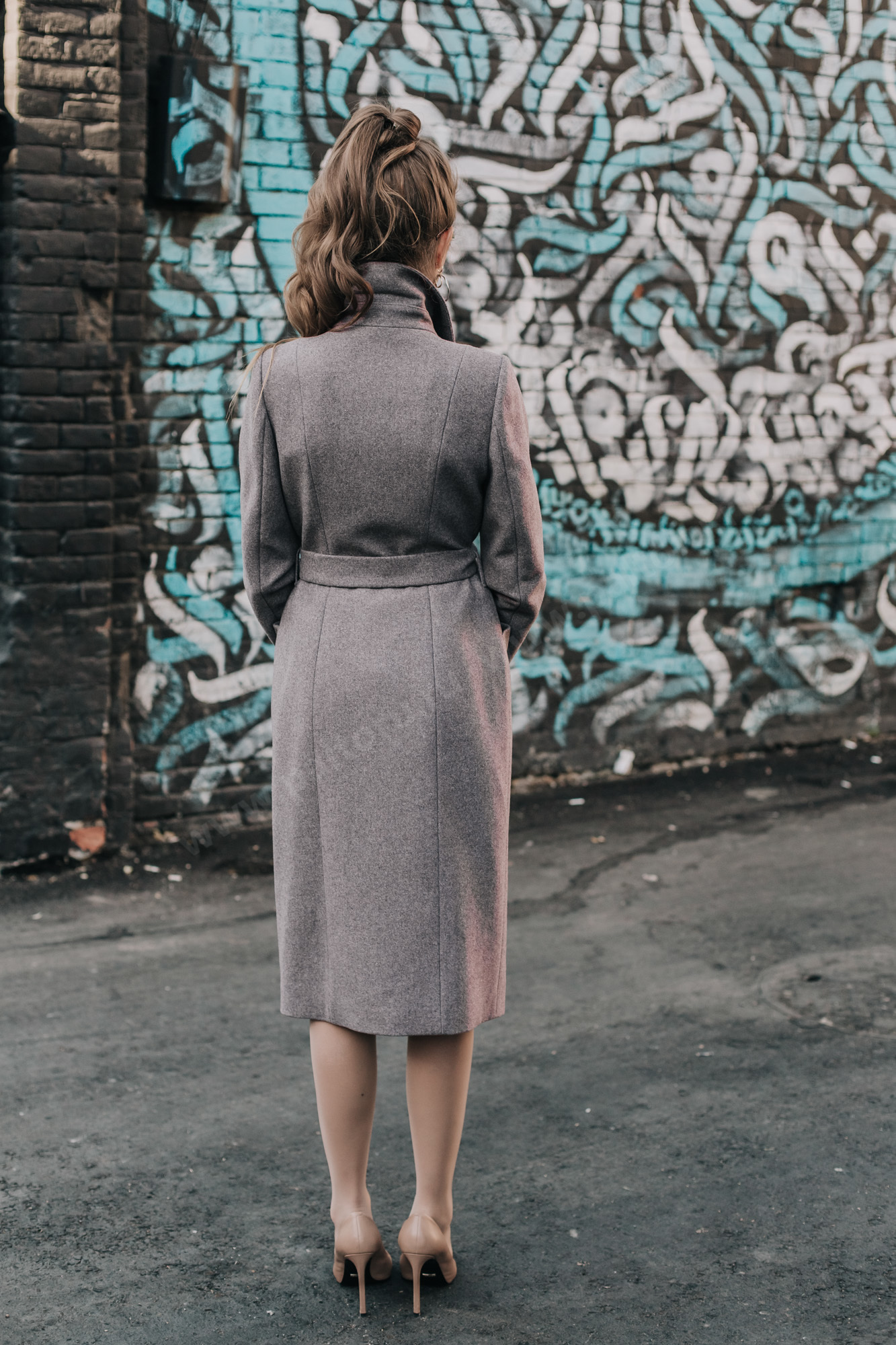 Пальто демисезонное приталенное