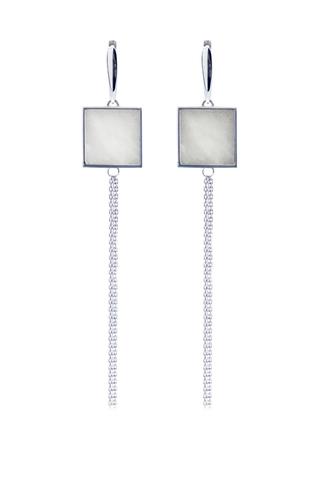 Серебряные серьги кисти с белым мрамором квадратной формы