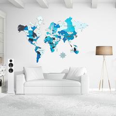 Карта мира из дерева blue фото в интерьере