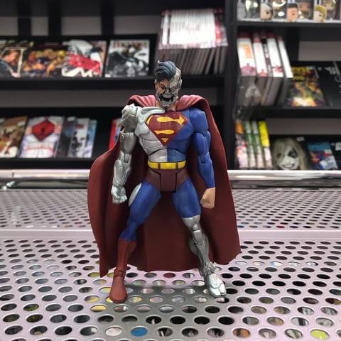 Фигурка Cyborg Superman