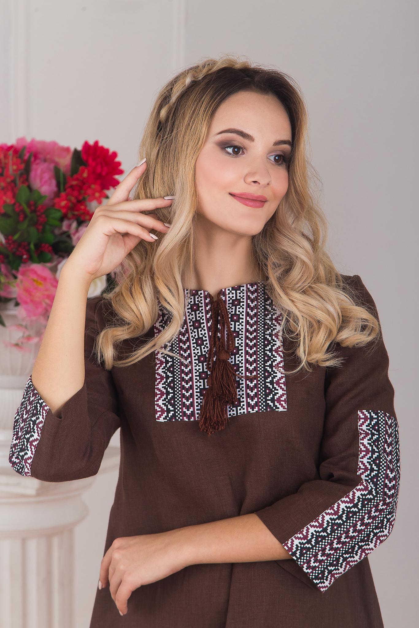 Увеличенный фрагмент платья в стиле бохо Корица