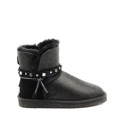 /collection/classic-mini/product/ugg-renn-bomber-black