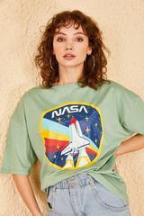 Qadın üçün geniş ölçülü açıq yaşıl t-shirt 10501025