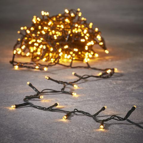 Многофункциональная электрогирлянда Triump Tree 700 lights led ламп теплого цвета, контролер, длина 14 м, рассчитана на елку 2,15 м