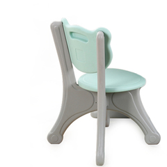 Пластиковый  стульчик