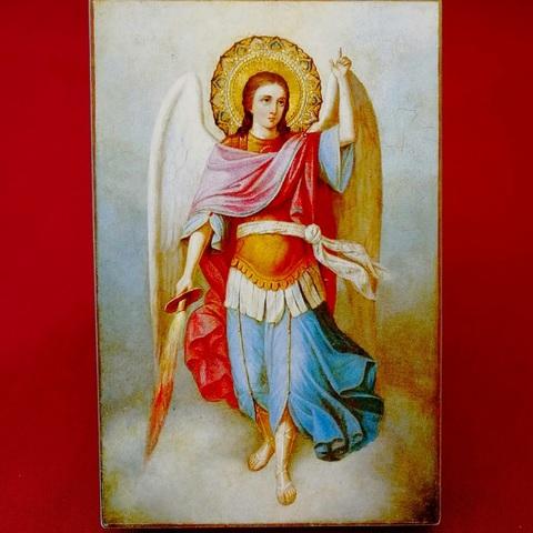 Икона Архангел Михаил на деревянной доске на левкасе мастерская Иконный Дом