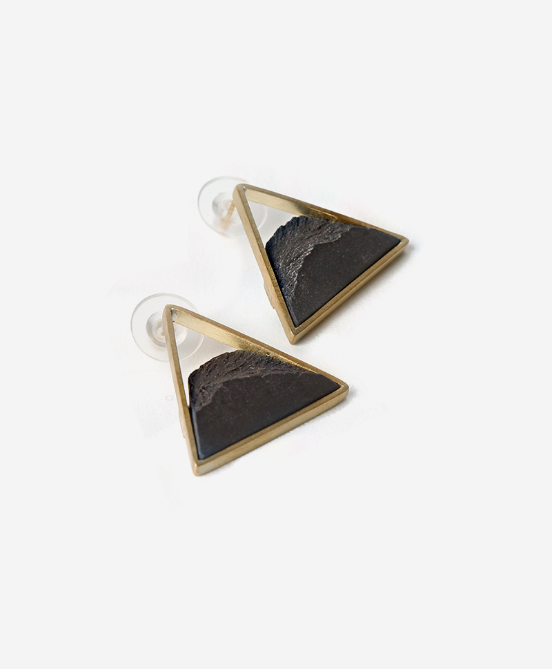 Серьги Triangle Dorada Black