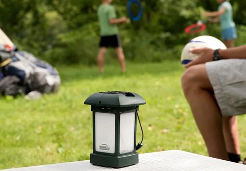 Лампа противомоскитная ThermaCell Outdoor Lantern, на природе 3.