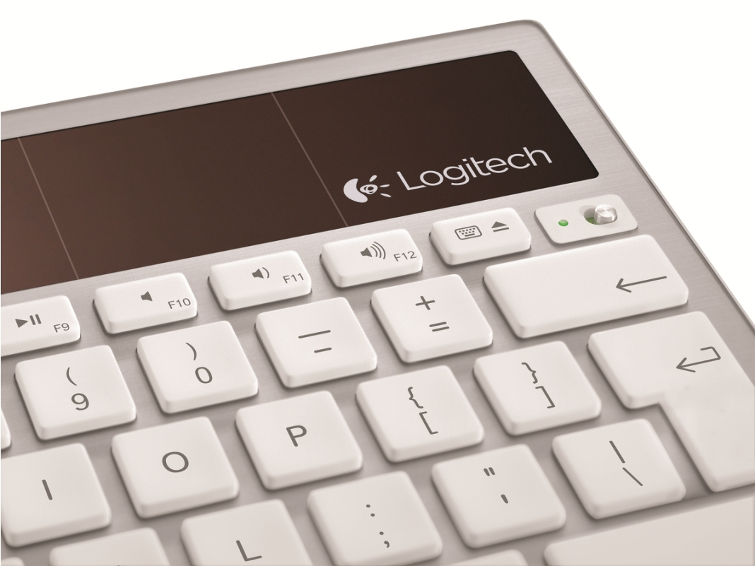 LOGITECH K760 Wireless Solar Keyboard