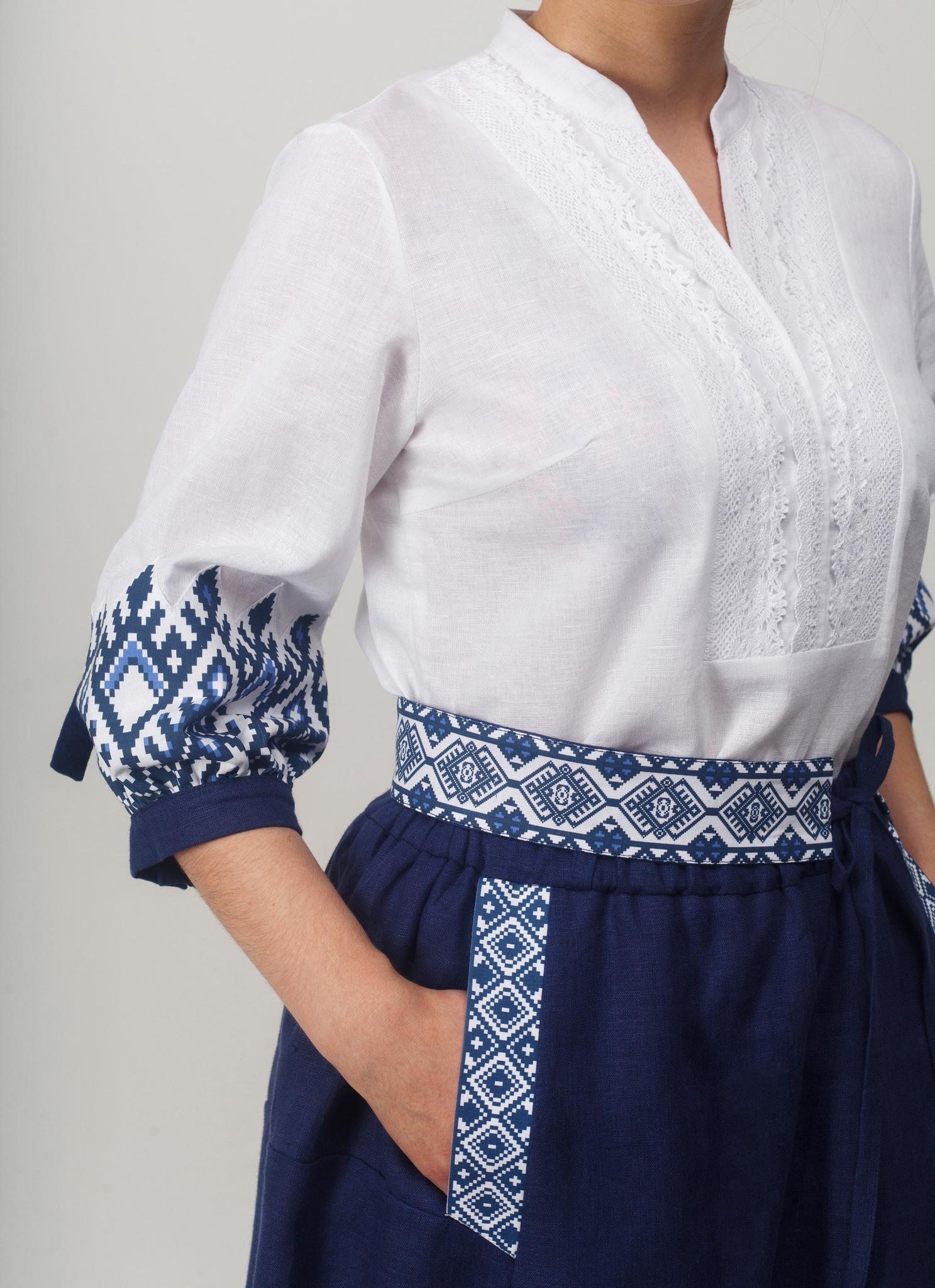 Блуза Родные узоры Рукав спереди вблизи