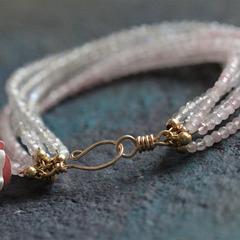 Браслет из лабрадорита и розового кварца
