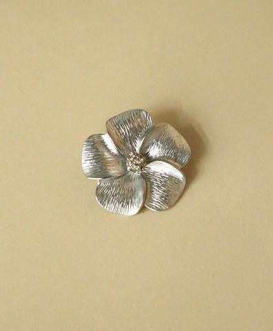 Брошь Silver Flower