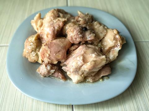 КОРОБКА (10 шт) - Мясо курицы тушеное в собственном соку