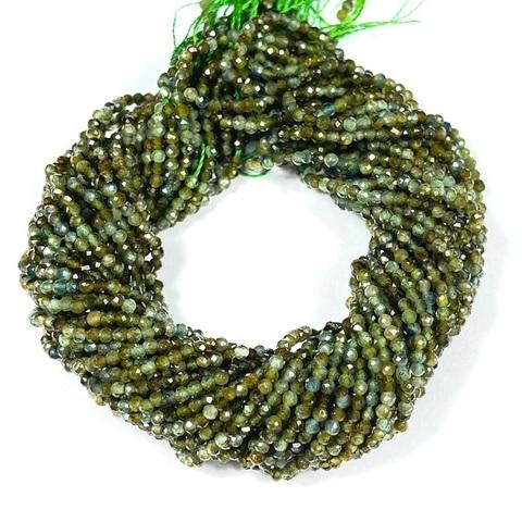 Бусины турмалин зелёный A шар граненый 1,9 мм цена за 200 бусин (~39 см)