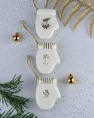 Фарфоровая ёлочная игрушка ручной работы «Варежка» 5,5х7,5 см, Россия