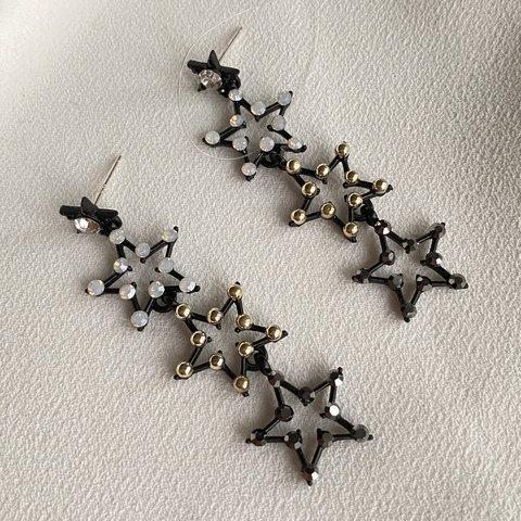 Серьги с подвесками-звездочками в кристаллах