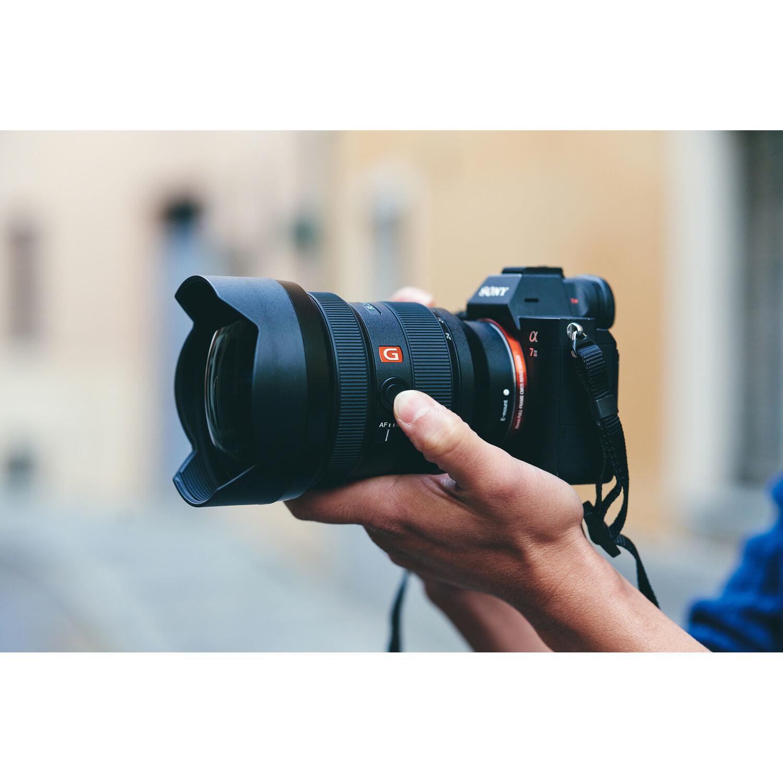 Объектив Sony FE 12-24 мм f/2.8 G-Master купить у официального дилера