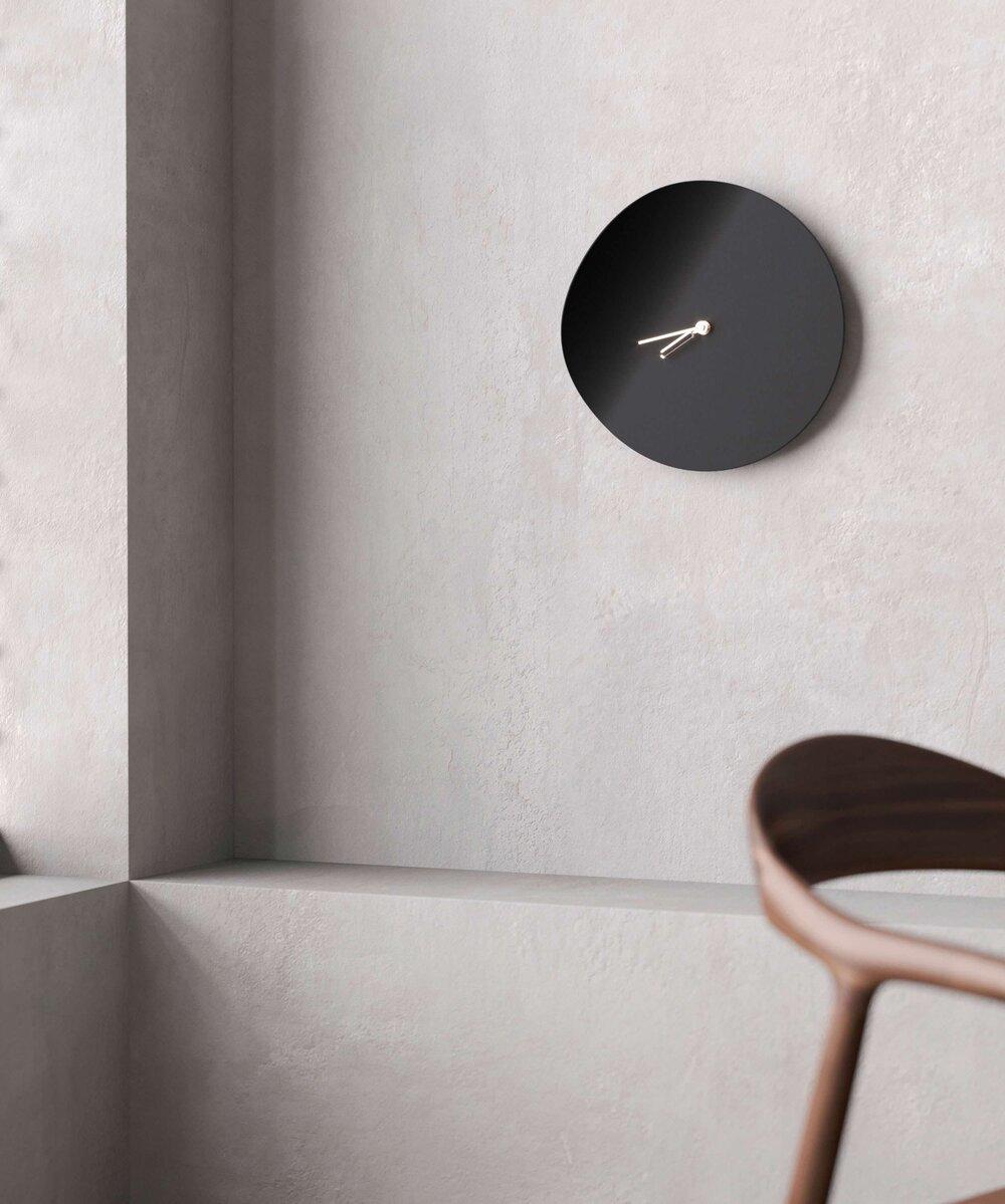 Beyond Object Настенные часы Curvo Black