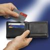удобно носить с собой в бумажнике