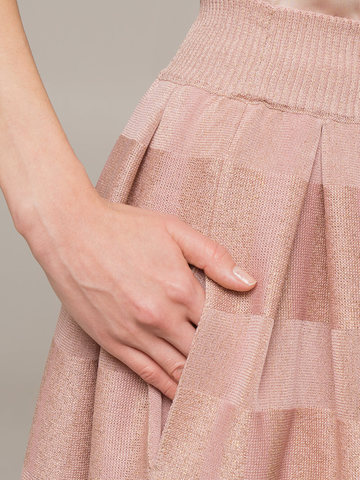 Женская юбка светло-розового цвета из вискозы - фото 3