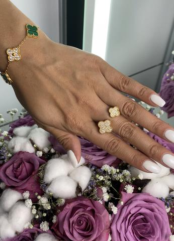 Кольцо Van Cleef&Arpels Gold
