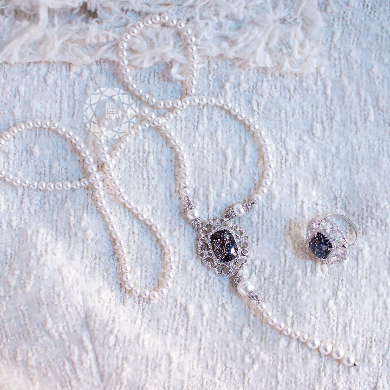 Колье с жемчугом и кристаллами Swarovski