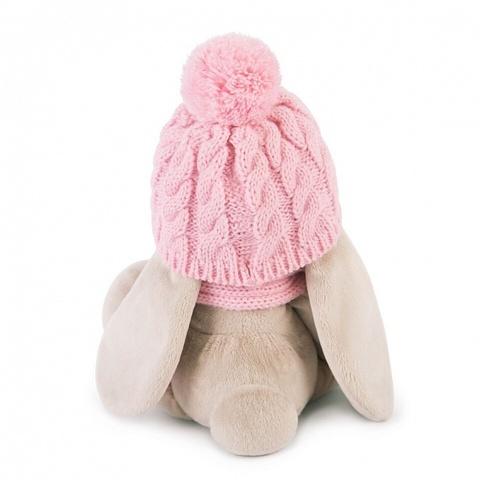 Зайка Ми в розовой шапочке и шарфе