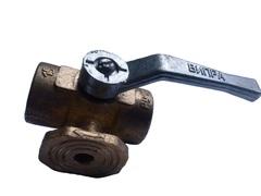 Кран  трехходовой 11б38бк с ручкой и площадкой