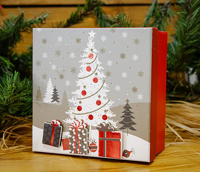 BOX262-1 Картонная коробка для новогодних подарков с елкой (16*16*7 см) фото 03