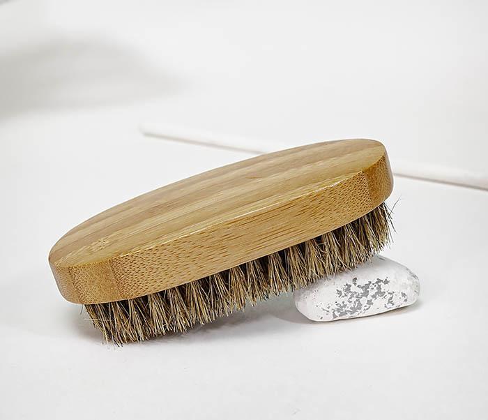 CARE149 Щетка для бороды с рукояткой из бамбука фото 04