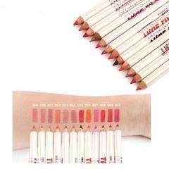 Набор карандашей для эскиза губ (12 цветов)