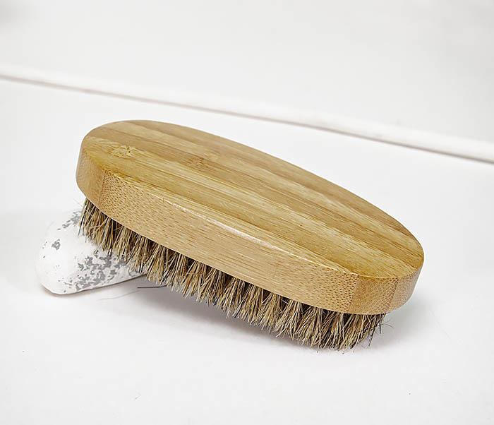CARE149 Щетка для бороды с рукояткой из бамбука фото 07
