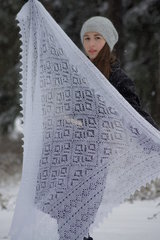 Пуховый платок 70