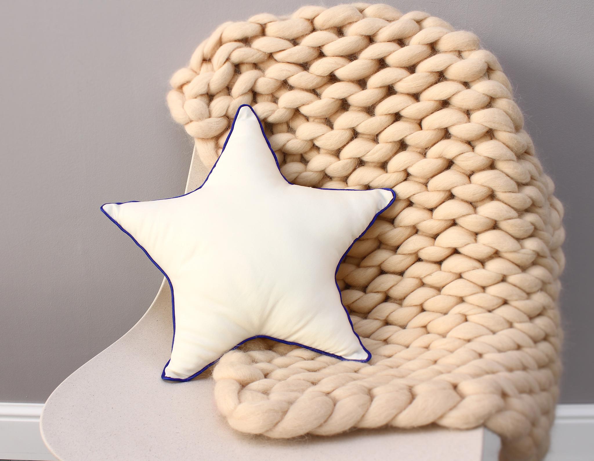Подушка звезда 5