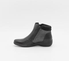Ботинки из натуральной кожи с двумя замками