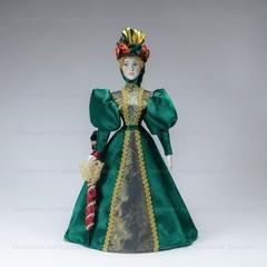 Сувенирная кукла в костюме для прогулок конца 19 века
