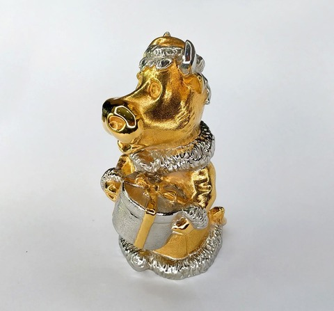 Позолоченный колокольчик Корова с подарком. Бронза, золото, 9,5см