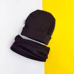 Шапочка со снудом черная