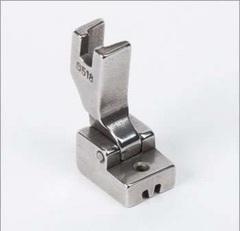 Фото: Лапка для вшивания потайной молнии S518