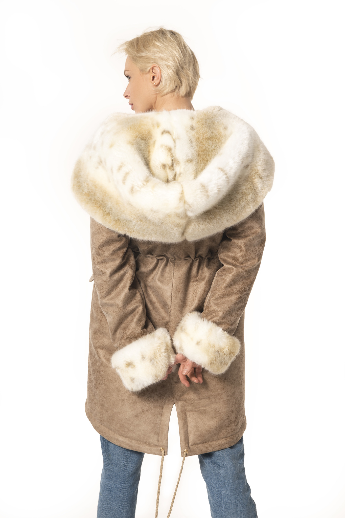 Куртки парки с воротником из эко (искусственного) меха