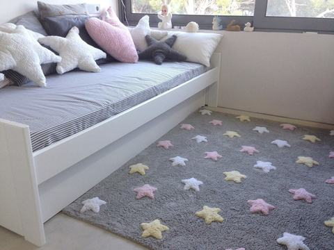 Ковер Lorena Canals Tricolor Stars Grey-Pink (120 x 160)