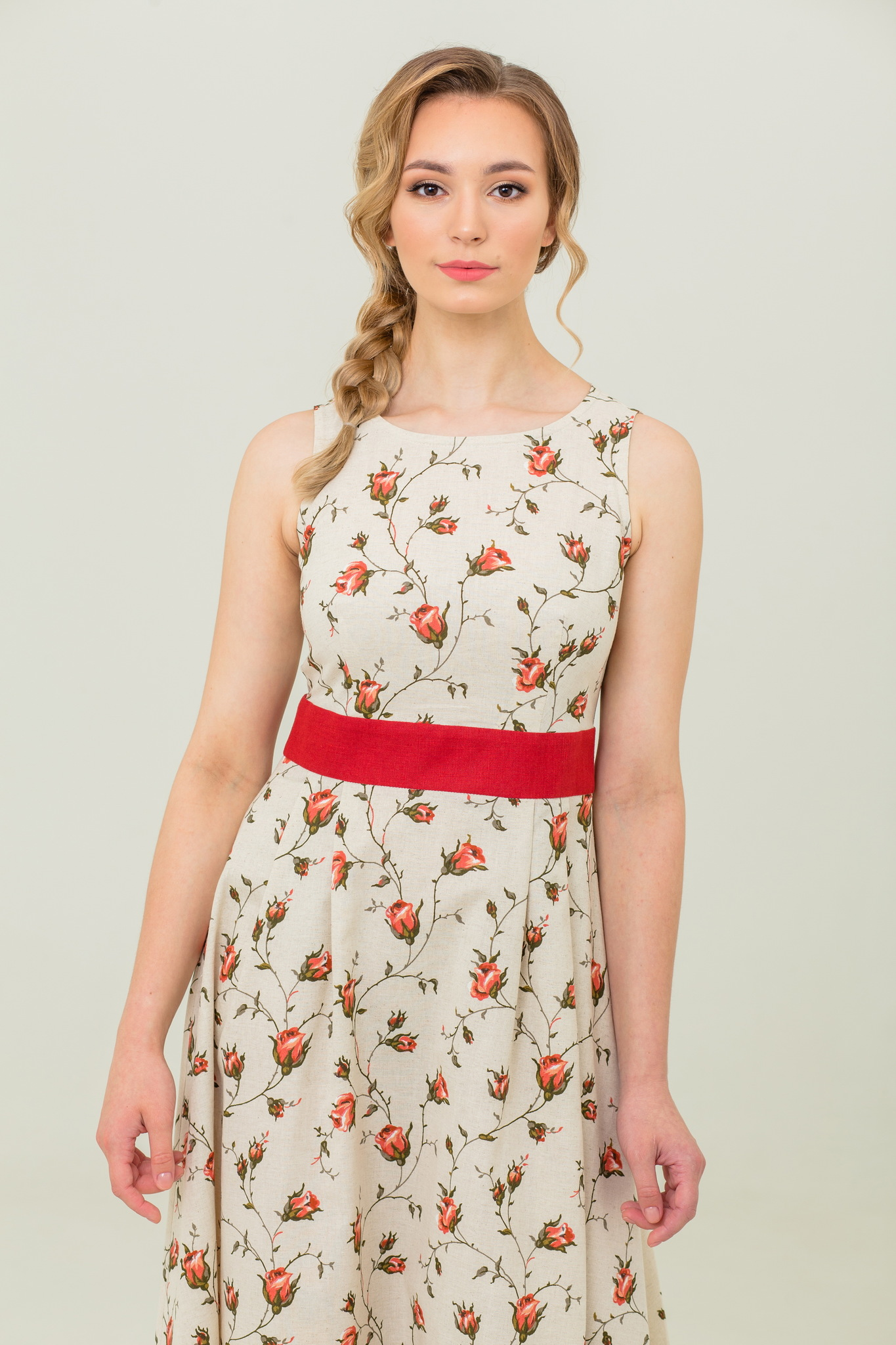 Платье без рукавов на лето длинное Зайцевская роза