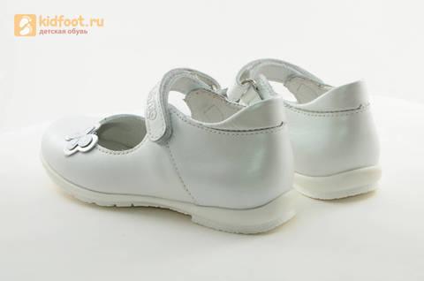 Туфли Тотто из натуральной кожи на липучке для девочек, цвет Белый, 10204A. Изображение 7 из 16.