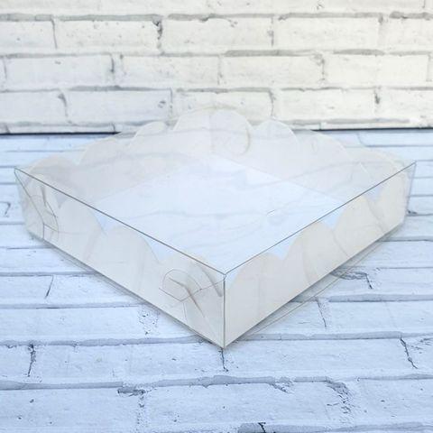 Коробка для пряников Белая ажурная с фиксацией дна 12х12х3 см