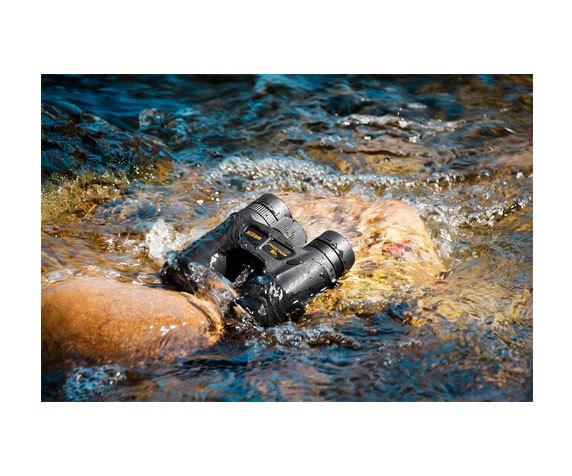 Водонепроницаемый Prostaff 10x30 не боится воды