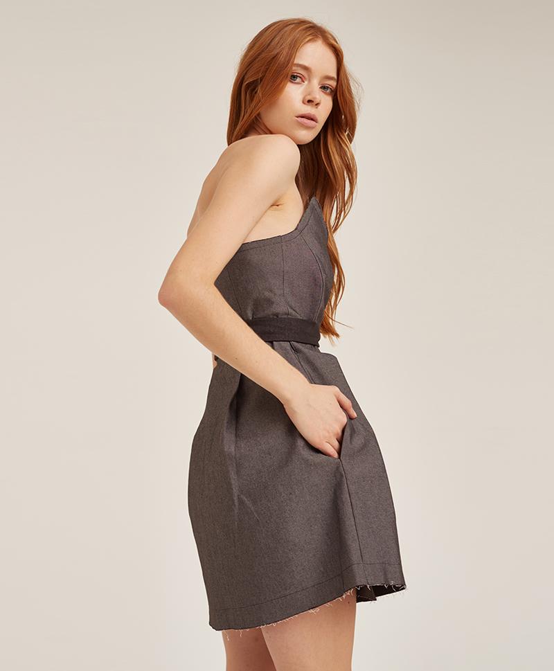платье-корсаж-из-серого-денима-сбоку
